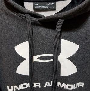 Under armour hoodie (L-XL)